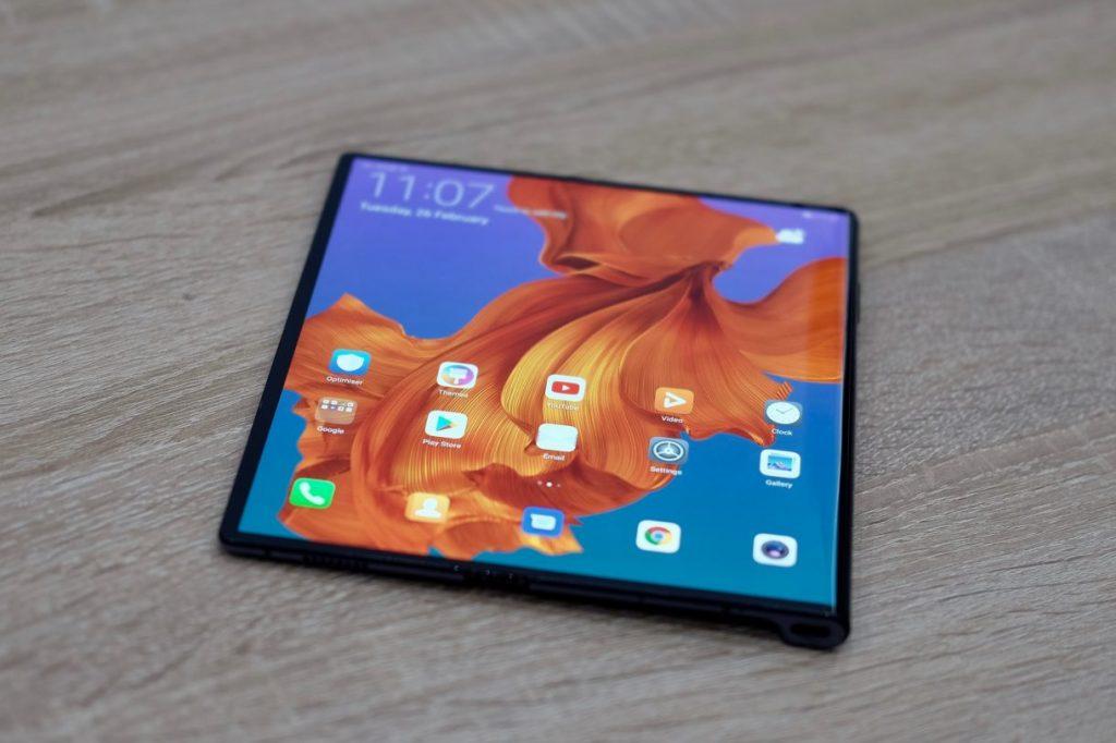 Huawei МateX foldable screen